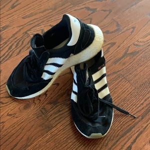 Iniki adidas sneakers